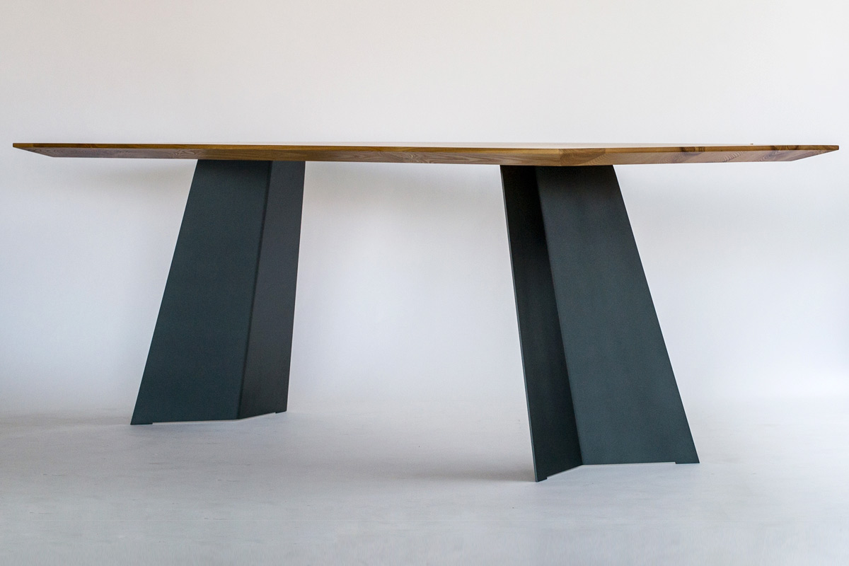 Tische aus massivholz massivholz design for Massivholztisch design